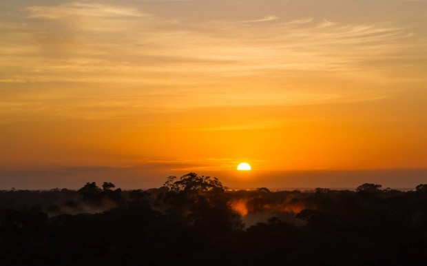 Nascer do sol no alto da torre – Foto: Zé Edu Camargo